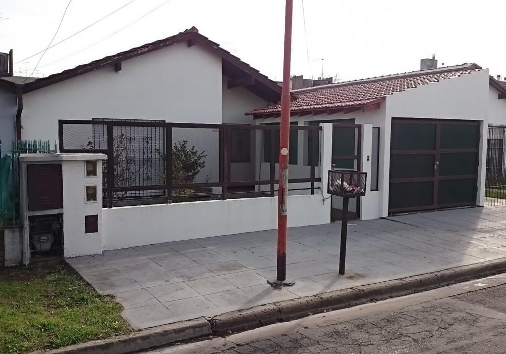 Diagonal 11 C Y 80 C. manzana G (B.Monasterio)