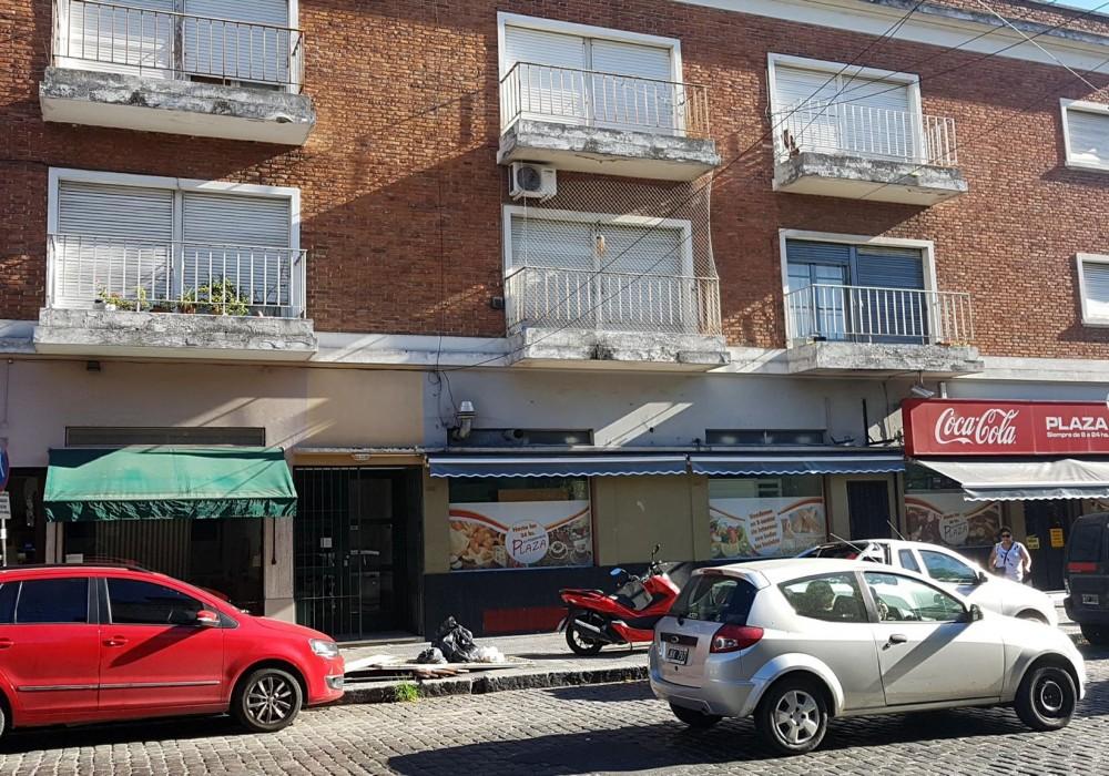 Diagonal 77 e/ 45 y Pza Italia